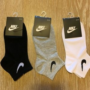 Women's Nike a Socks